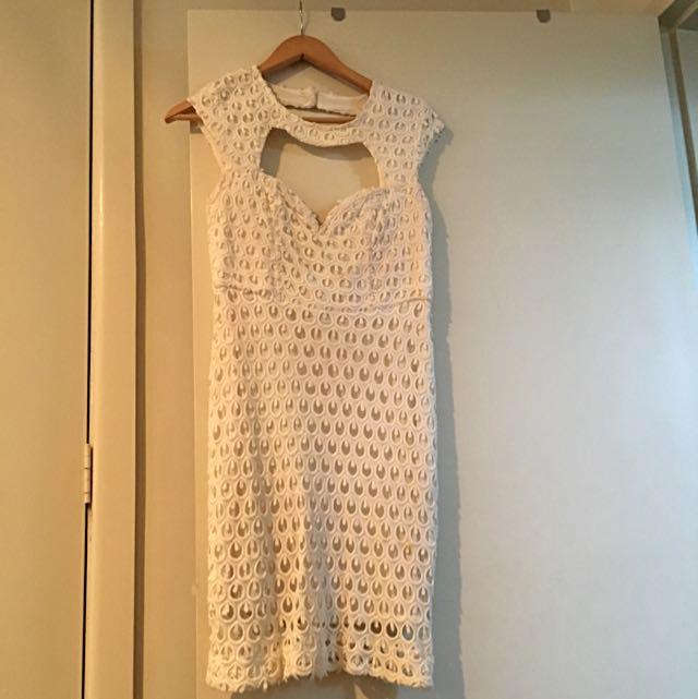 Kuku: Lace Dress