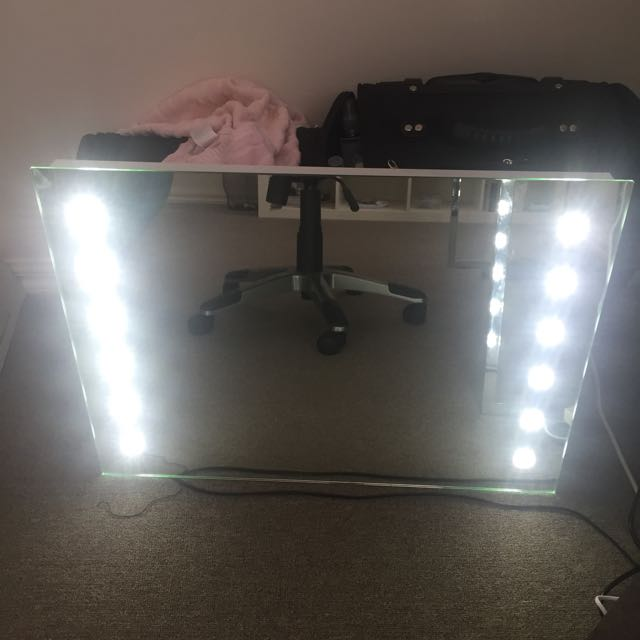 LED Vanity/ Makeup Mirror