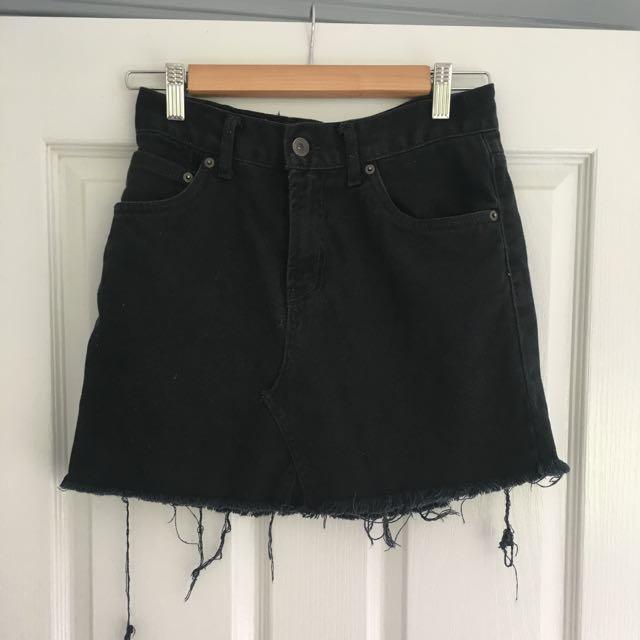Levi's High waisted Skirt