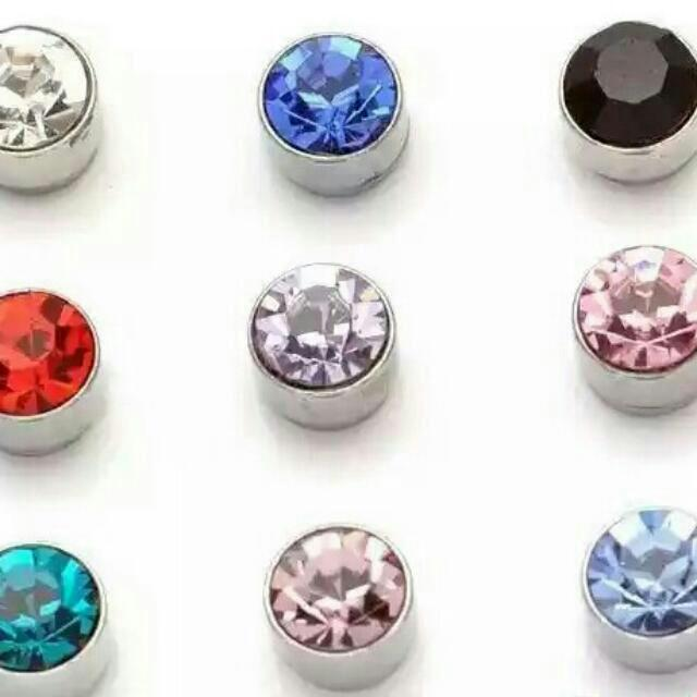 Magnetic Earrings No Ear Hole Needed For The Trendy Guys Look Cool