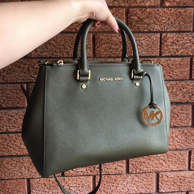Michael Kors MEDIUM SUTTON / Olive