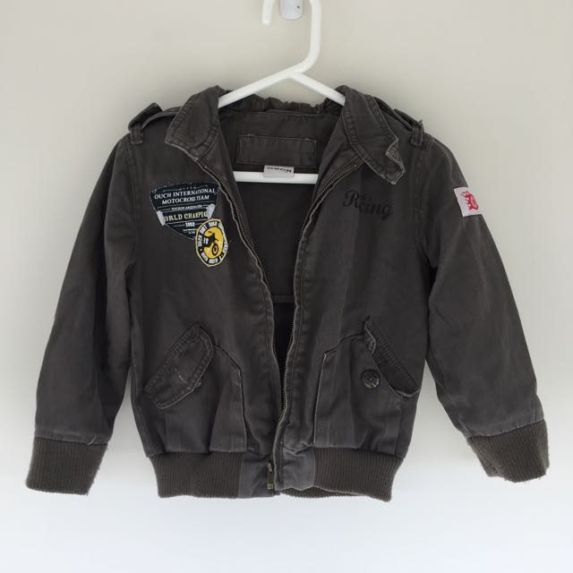 OUCH BOYS JACKET SIZE 4