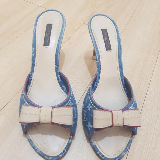 END OF MARCH SALE! Louis Vuitton Shoes LV