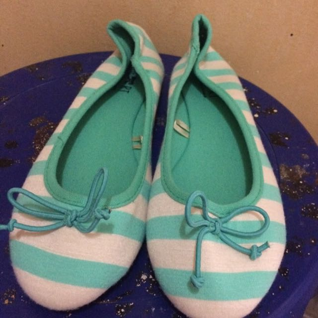 Stripe flatshoes The little things she need (TLTSN) ukuran 37
