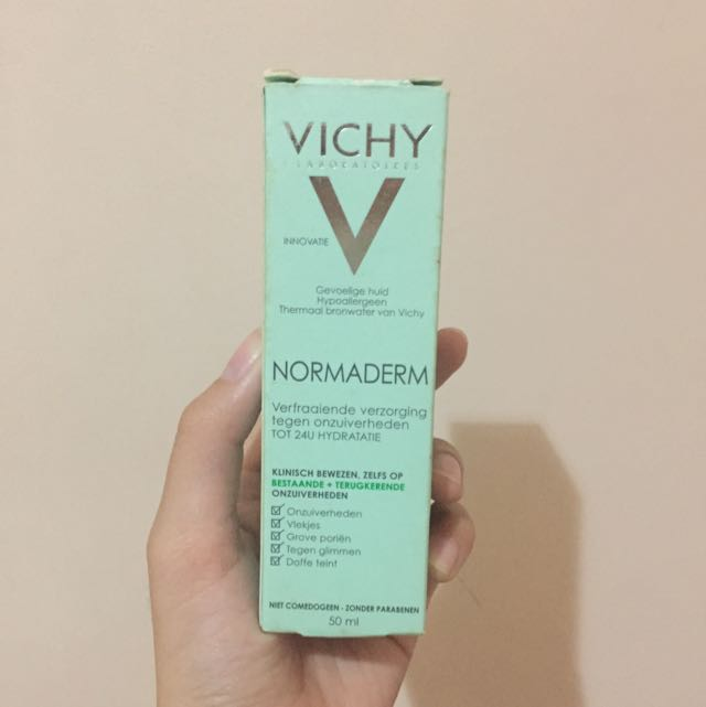 VICHY Normaderm Hydrating Lotion and Salicylic Acid Acne