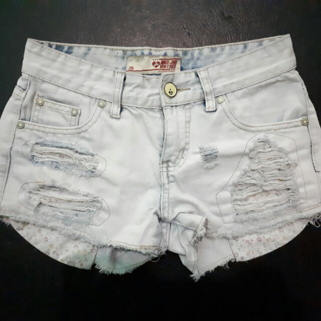BNY White Short