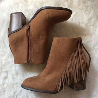 Forever 21 Ankle Boots Size UK4