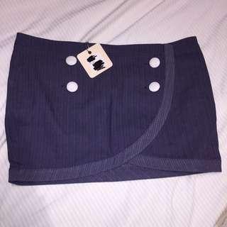 Ladies Navy Skirt Size 12 RRP $49.95