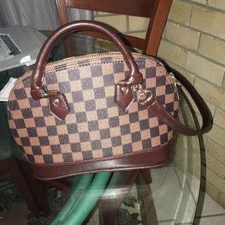 LV Crossed Body Bag