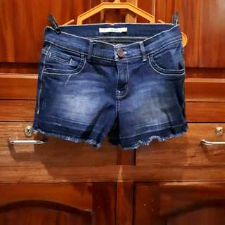 AUTHENTIC Dorothy Perkins Jean Shorts - UK Size 10