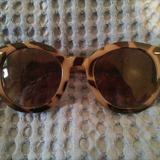 Cotton On Tort Sunglasses