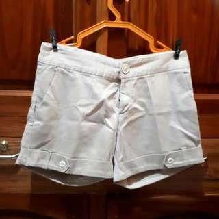 BAYO Khaki Shorts - Large (Bayo Size 3)