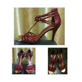 Sepatu Higheels Vincci