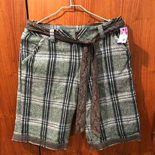 降!全新台灣製,時尚羊毛料灰短褲,可帥氣可中性。 #交換最划算