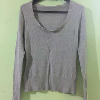 Knitted Gray Top
