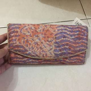 Dompet Pesta Batik
