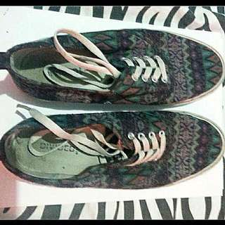Divided By H&M Sneakers