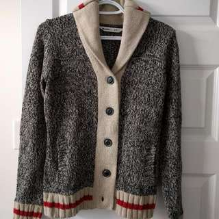 Almost New Sweater Size Small