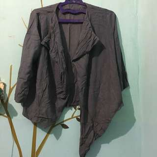 Asymmetric Grey Outer