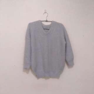 毛茸茸  V領針織灰色毛衣