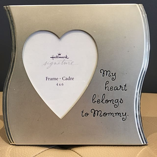 4x6 Hallmark Photo Frame - My heart belongs to Mommy
