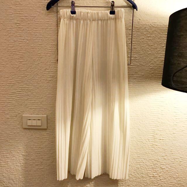 白色百褶7分褲