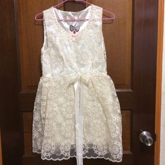 白色婚宴洋裝