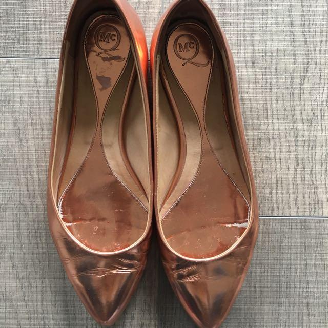 Alexander McQueen Pointed Toe Metallic Flats