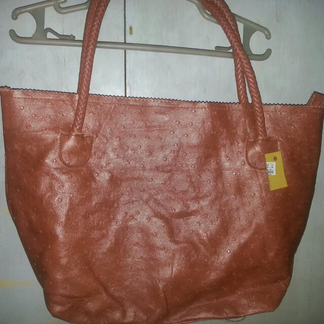 REPRICED!!! Authentic Makowsky Leather Caramel Bag