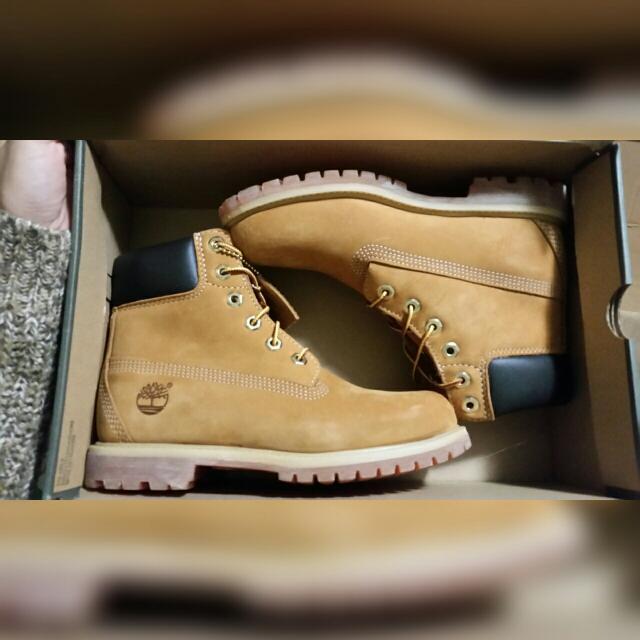 BNIB Women's Timberland Boots SZ 7