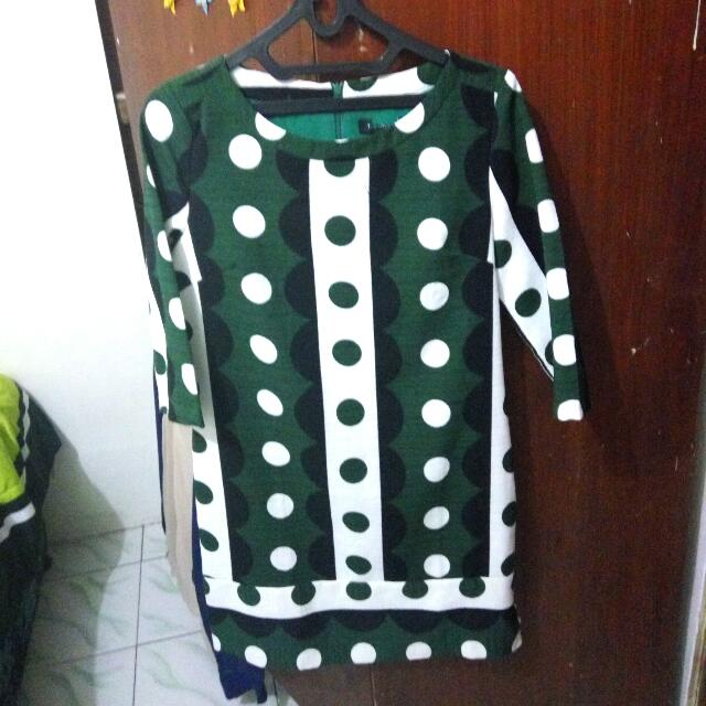 Dress Hijau Putih Polkadot