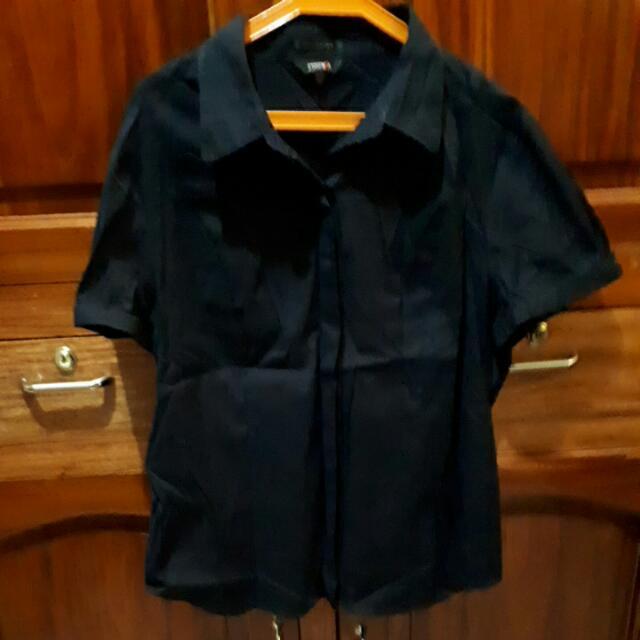 ESSENXA Black Blouse - XL