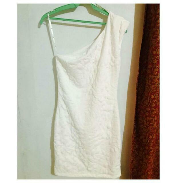 F21 1 Off Shoulder White Dress