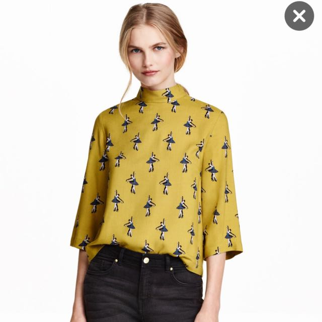 H&m Blouse With Stand Out Collar