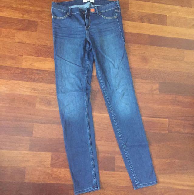 Hollister Super Skinny Dark Wash Skinny Jeans