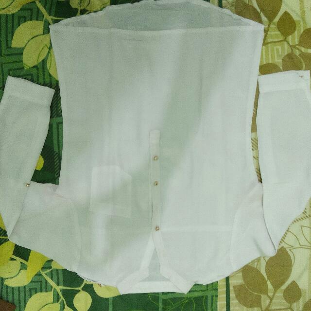 kemeja putih