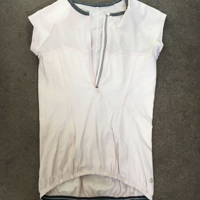 Lululemon Pale Pink Small Top