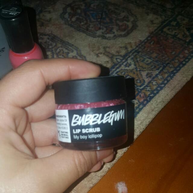 Lush Lipscrub