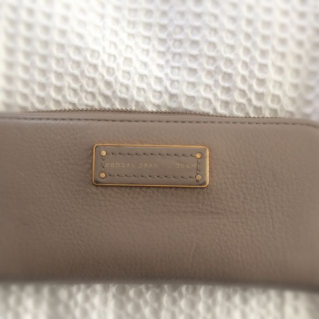 Marc Jacobs Beige Wallet