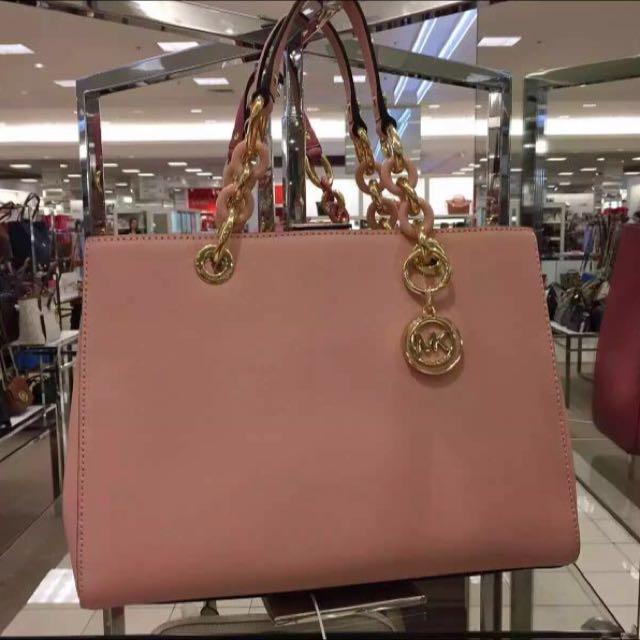 MK Cynthia Pastel pink
