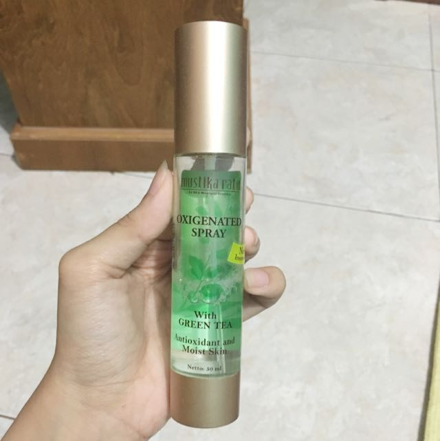 Mustika ratu O2 Spray