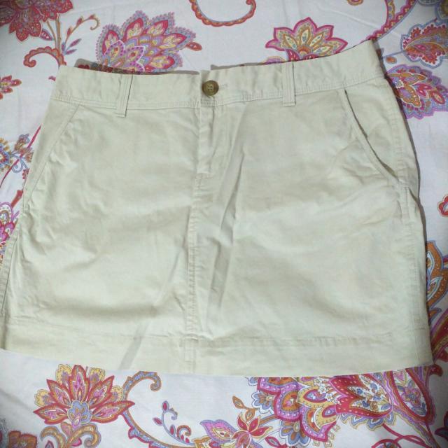 Old Navy Khaki Skirt -Size 4