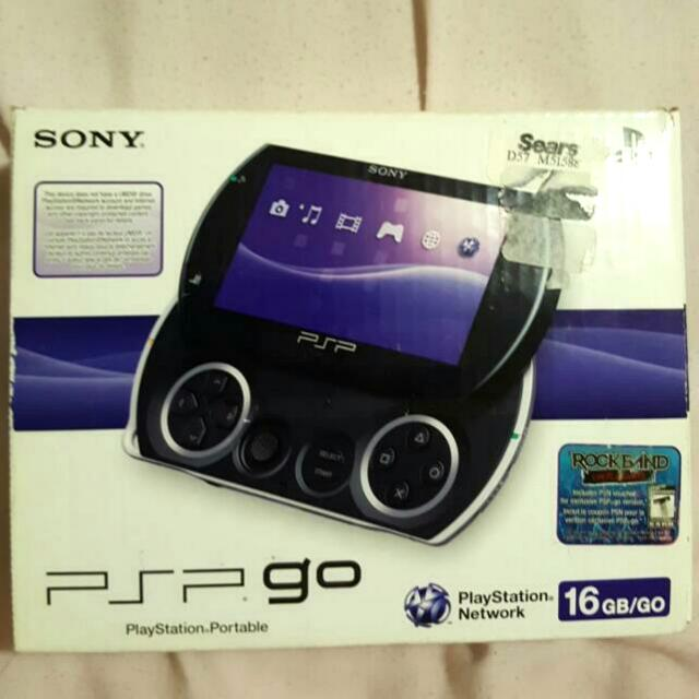 PSP GO Piano Black (unopened box)