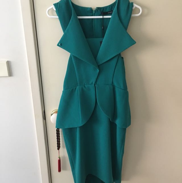 Seduce Green Dress - Size 8