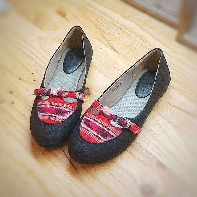 sepatu tenun d'arcadia treasure