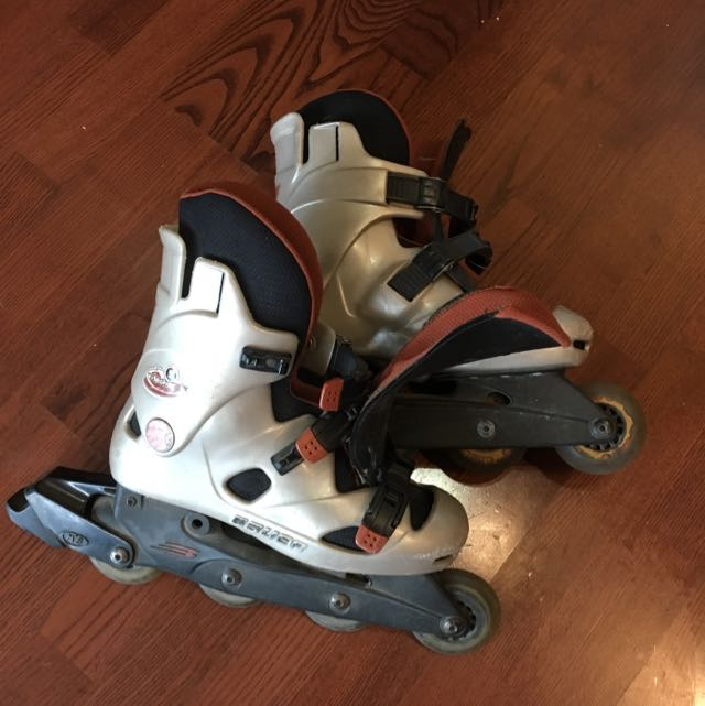 Size 9 Ladies Rollerblades