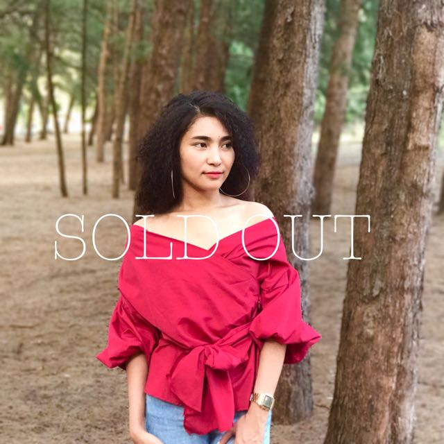SOLD OUT Puff Wrap Top