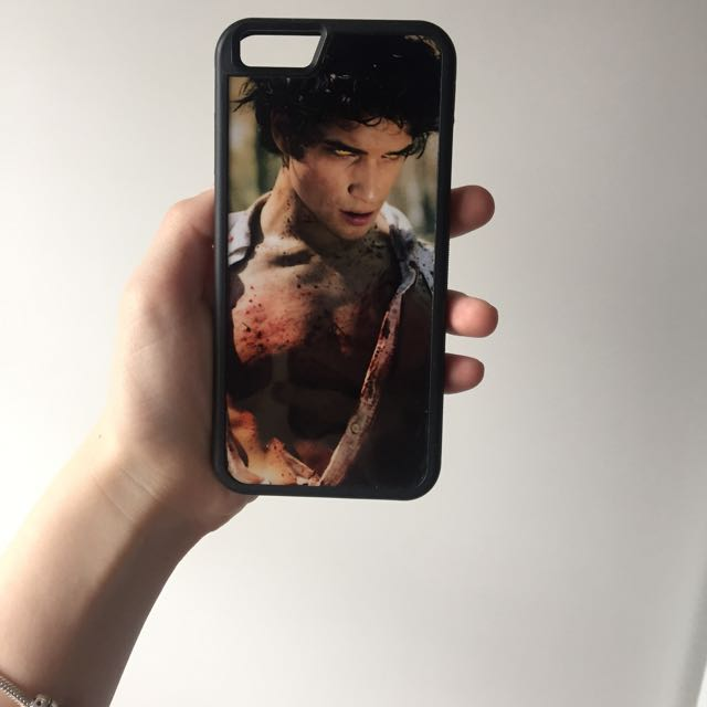 Tyler Posey Case (iPhone6)