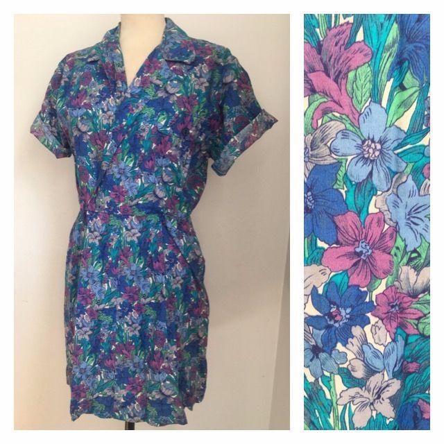 VINTAGE Beautiful Blue Toned 50s Dress (Size 10)