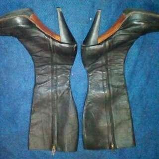 Boots Hils